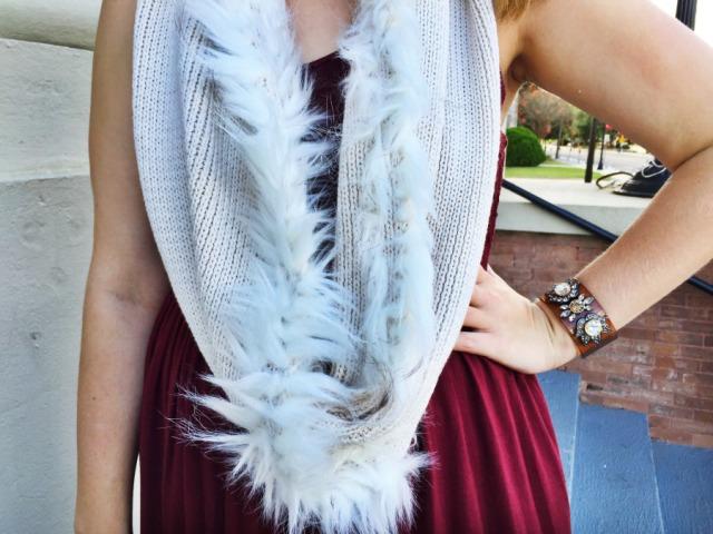 Fur_scarf_Cabi