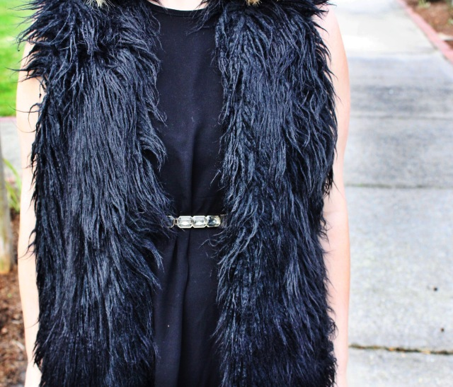 fur_blackdress1