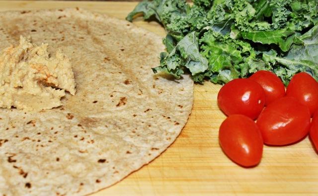 Hummus_kale_wrap3